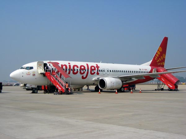 Spicejet flight mkaes emergency landing at Varanasi, after a passsenger suffers heart stroke