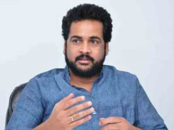 Hero Sivaji released another video from America over YCP leaders Police Complaint