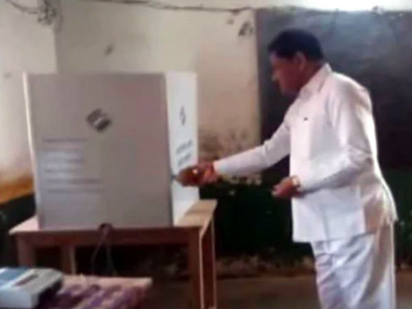 chattisgarh minister puja in polling booth