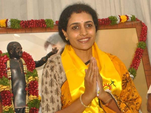 నందమూరి సుహాసినికి మరోసారి చేదు అనుభవం, అరెస్ట్ చేయాలని టీడీపీ డిమాండ్