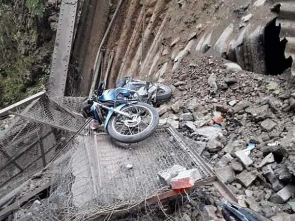 The 115 years oldest bridge in the state of Uttarakhand has collapsed.