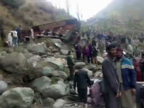 11 killed, several injured as bus falls into gorge in J&K's Poonch