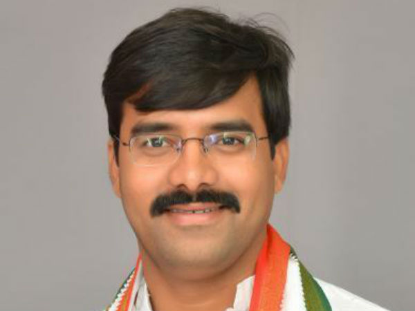 Tension in Kodangal, Attack on Vamshi Chand Reddy