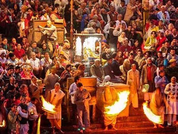 Kumbh Mela 2019 Prayagraj Lights Up Ahead The Even