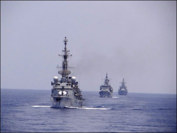 Indian Navy recruitment 2019 apply for 102 Officer Posts