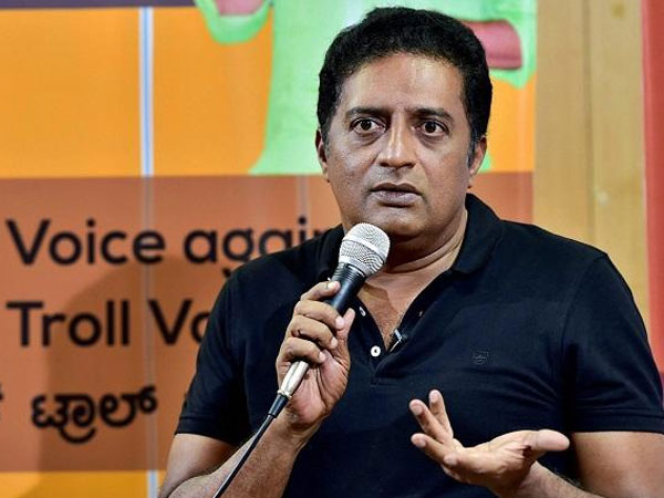 Actor Prakash Raj supports Rahul Gandhi in row over remark against Nirmala Sitharaman
