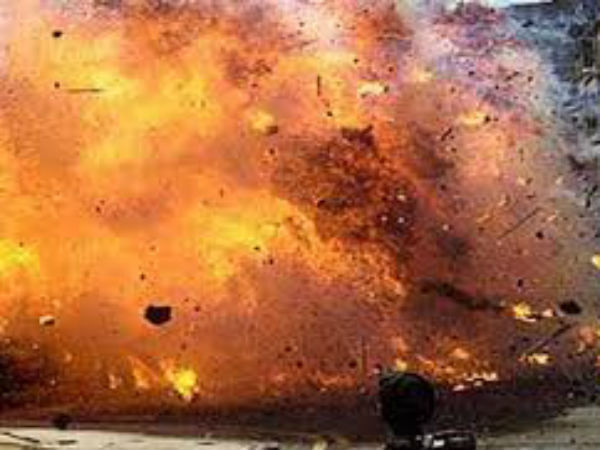 BOMB BLAST IN SCHOOL, 17 INJURED.. at private school in Pulwama