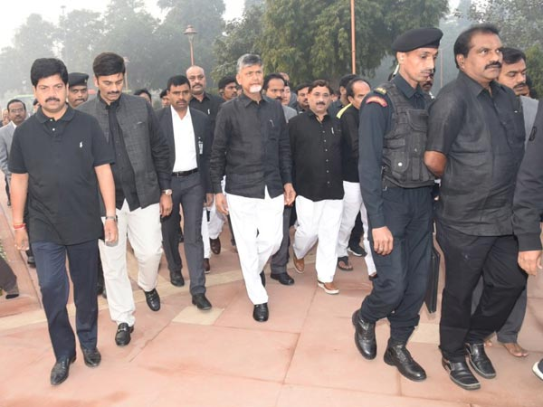 Babus Team March in Delhi streets : Meet President on AP Issues..
