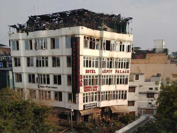 Fire breaks out at hotel in Delhi Karol Bagh area, 9 persons died