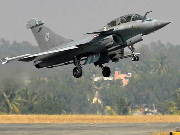 Government waived anti-corruption clauses in Rafale deal