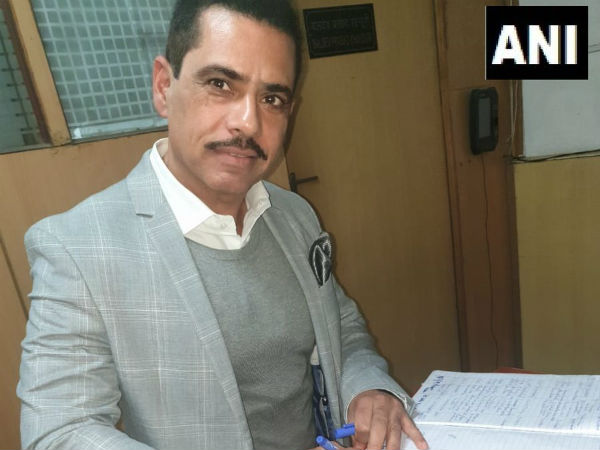Robert Vadra appears before ED in Money Laundering Probe, wife Priyanka drops him off