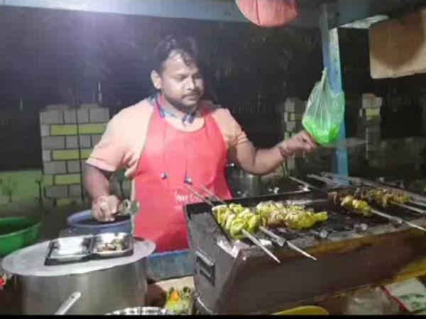 వ్యాపారి బంపరాఫర్: పాకిస్తాన్ ముర్దాబాద్ అంటే డిస్కౌంట్, నిన్న ఢిల్లీ, నేడు చత్తీస్గఢ్