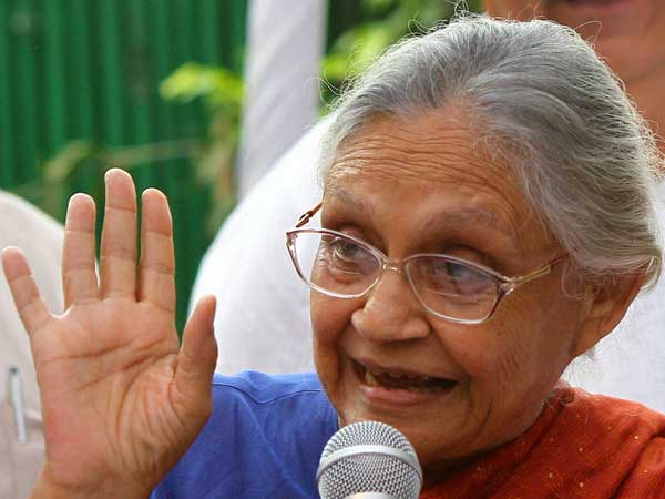 Manmohan Singh was not as determined and strong on terror as Modi,says Sheila Dikshit