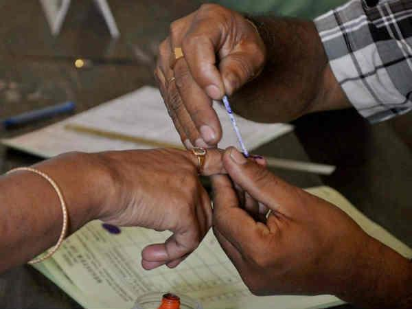 15 Lakhs Voters having Vote in both Telugu states