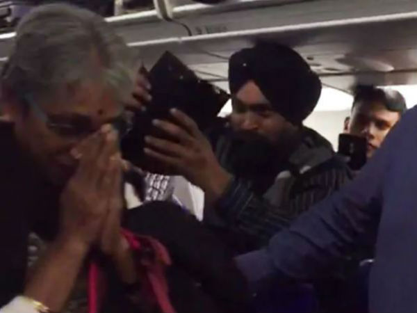 Parents of brave heart Abhinandan recieved arousing welcome in Amritsar
