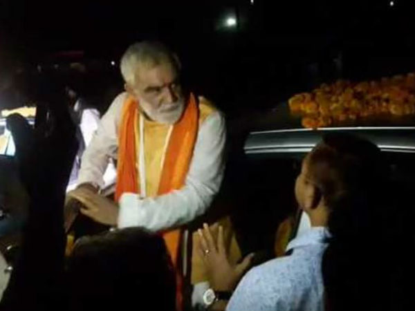Khabardar : Union Minister Tells Bihar Officer Who Stopped His Convoy