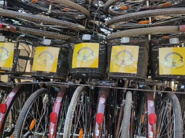 Cycles which is having TDP logo for distrbution in Nellore caught by YSRCP leaders