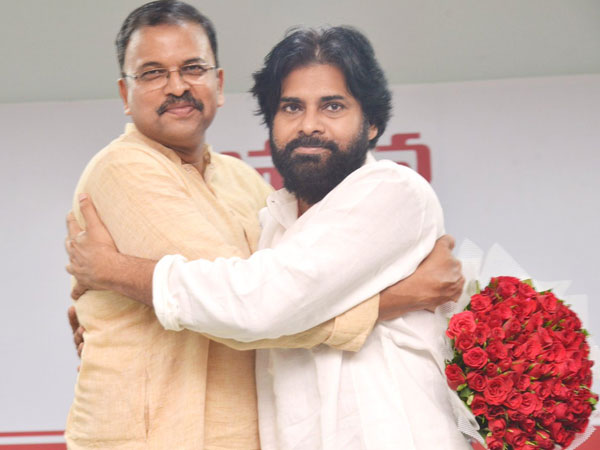 JD Lakshmi Narayana to contest as MP form Vizag: pawan form Gajuwaka