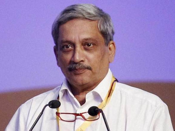 Thousands pay tribute to Manohar Parrikar, last rites at 5 pm
