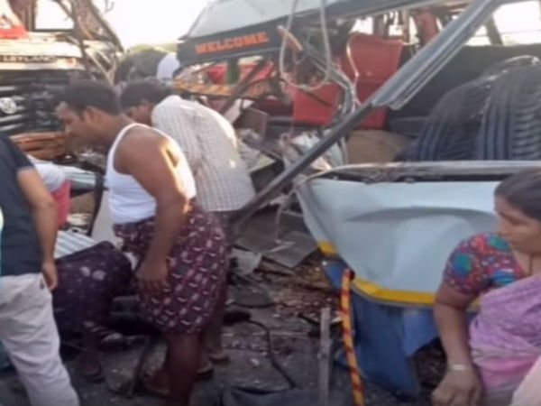 Road accident leads to six died in Ananthapur district