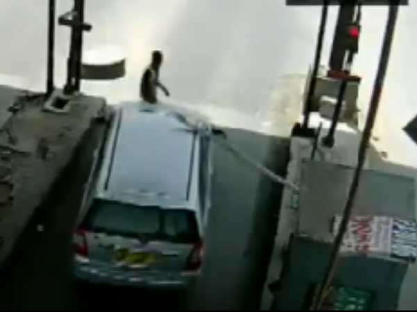 Gurgaon Driver Drags Toll Staff 6 Km On Bonnet