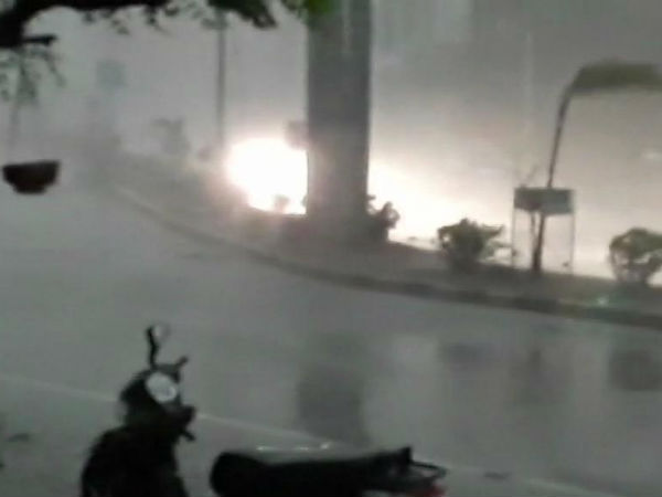 Heavy rains, severe thunder storms lash Gujarat, Rajasthan and MP; account for 35 lives