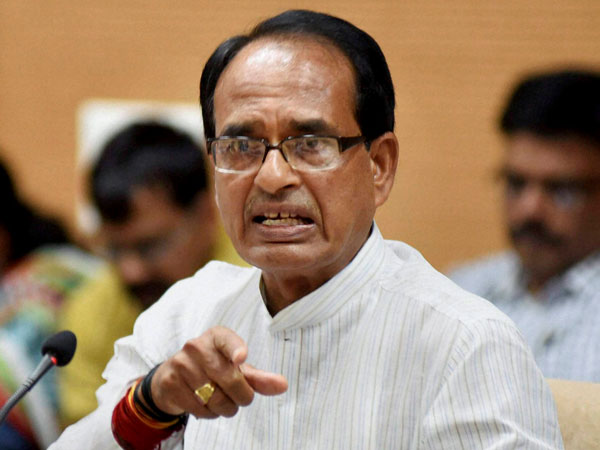 Shivraj Chouhan Warns Chindwara collector