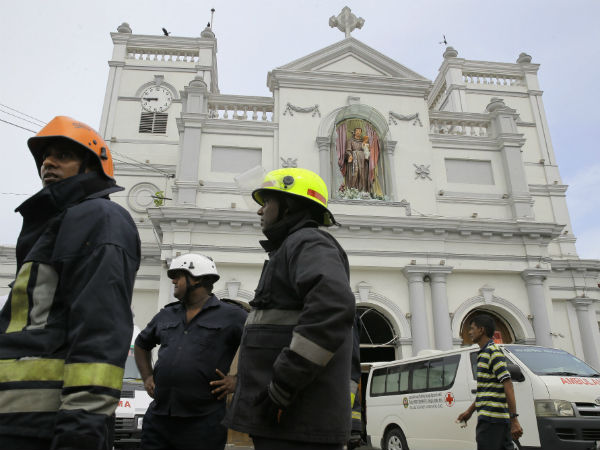 87 bomb detonators were found at a bus station in Colombo