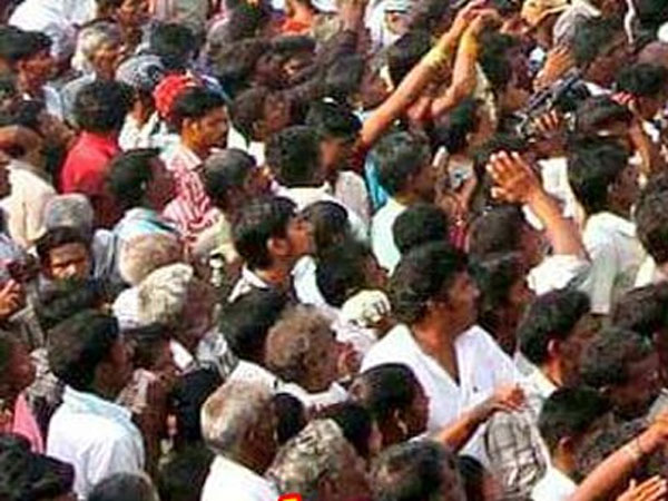 Seven die in stampede during karuppana swamy temple festival in trichy