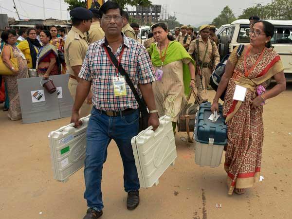 13 రాష్ట్రాలు, 2 కేంద్ర పాలిత ప్రాంతాలు..మూడో దశ ఎన్నికలకు సర్వం సిద్ధం..