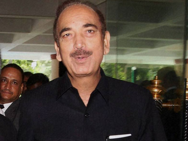 Azad does a U-turn, claim for PMs post