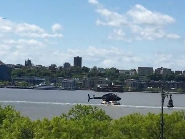 Helicopter crashes into Hudson river, video goes viral