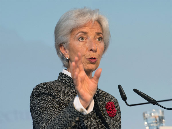 The differences between them are global growth downs.!IMF President Kristin Lagarde comment.!!