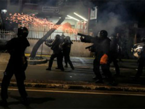 after results clash in indonesia, 6 dead