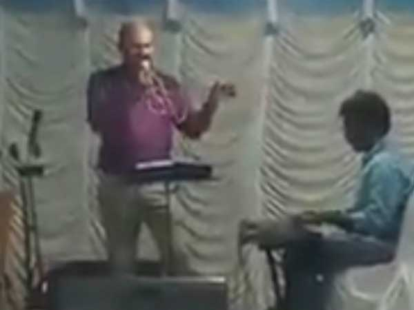 A sub-inspector in Thiruvananthapuram dide singing on stage on the eve of his daughter in Kerala.