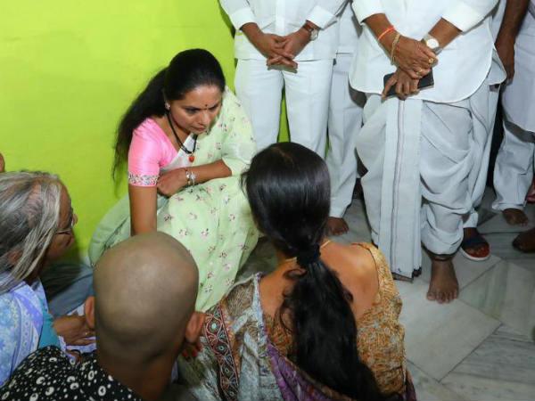 గెలుపోటములు సహజం:ఓడినా నిజామాబాద్ను వీడనన్న మాజీ ఎంపీ కవిత