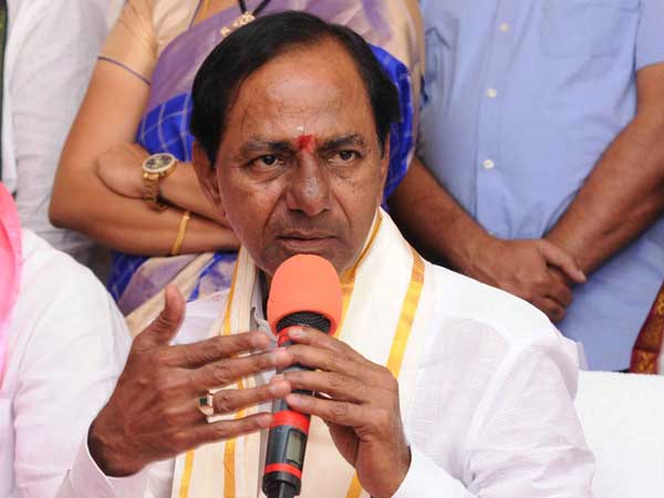KCR on the way to Tirumala Along with family members