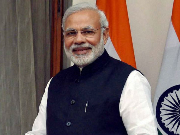 PM Modi Pays Tribute to mahatma gandhi and vajpayee