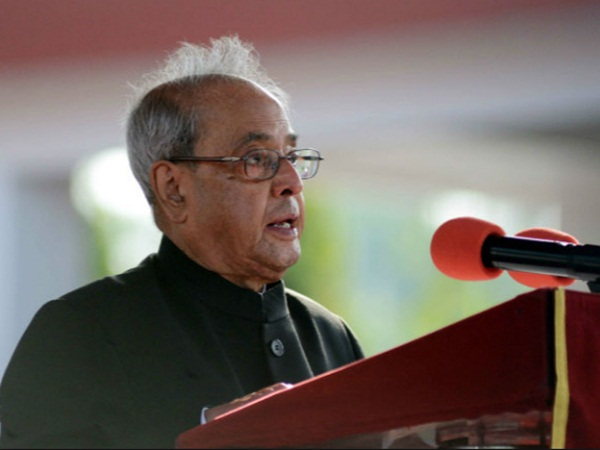 Pranab praises EC for conducting perfect elections