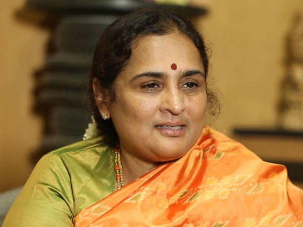 Retired IAS Officer Rathna Prabha Congratulates to YS Jagan for his landslide Victory
