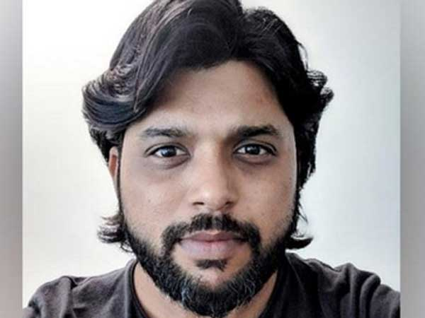 An India-based photo journalist Siddhiqui arrested in Srilanka .. why because