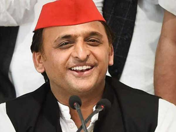 Akhilesh Yadav to go alone in the by election elections !!