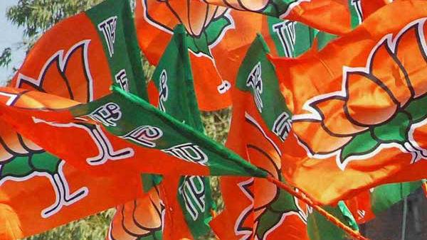 ఇంట్రెస్టింగ్: అమేథీ ఖాతాలో పడింది.. రాయ్బరేలీ కోసం కమలం పార్టీ స్కెచ్ ఏంటి..?