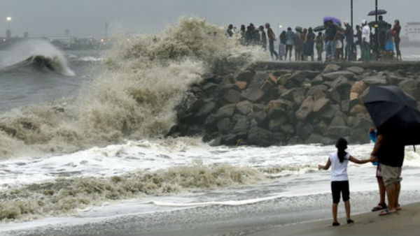 Cyclone Vayu moves towards Gujarat, to intensify in 24 hours