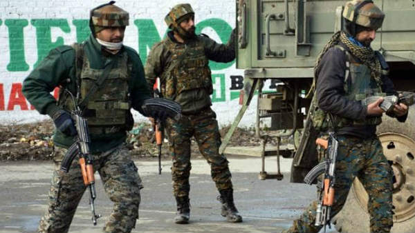 Encounter in Pulwama:Three terrorists gunned down, one among them is a cop