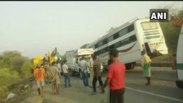 11 dead in Jharkhand bus accident