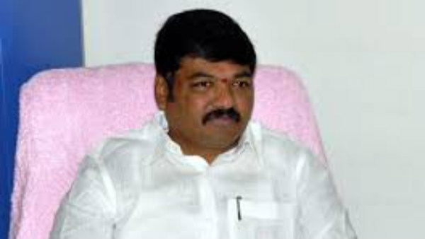 trs mla demands for two more new districts bifurcation from warangal