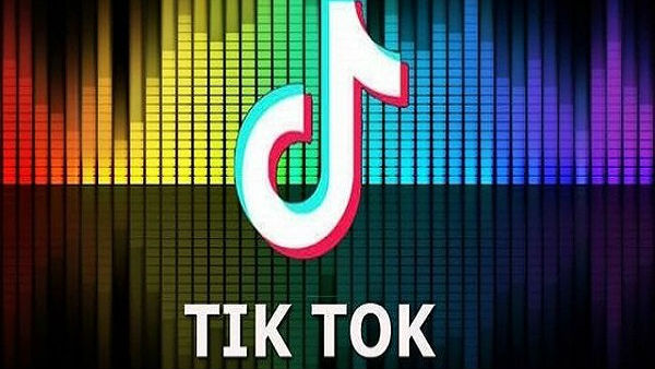 Tik Tok act goes worng Youth sustains serious fracture