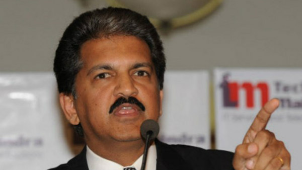 anand mahindra salute to paper boys