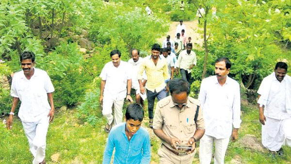 mahabubnagar district mlc kasireddy narayana reddy in forest